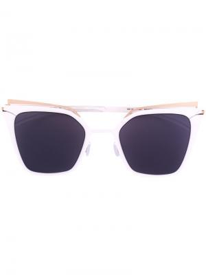 Солнцезащитные очки в оправе кошачий глаз с затемненными линзами Mykita. Цвет: белый