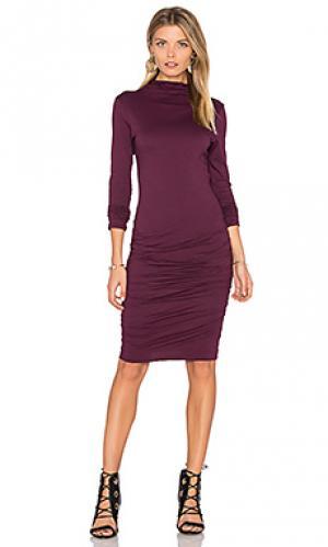 Миди платье с высоким воротом pietro Velvet by Graham & Spencer. Цвет: красное вино