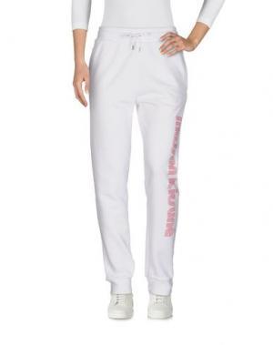 Повседневные брюки MAISON KITSUNÉ. Цвет: белый