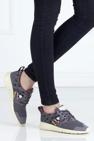 Кроссовки с принтом Moa. Цвет: серый