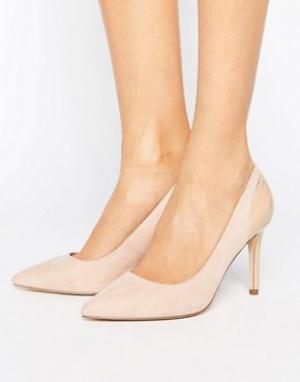 Faith Остроносые туфли-лодочки телесного цвета Callie. Цвет: бежевый