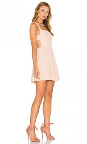 Платье take care apron front NBD. Цвет: персиковый