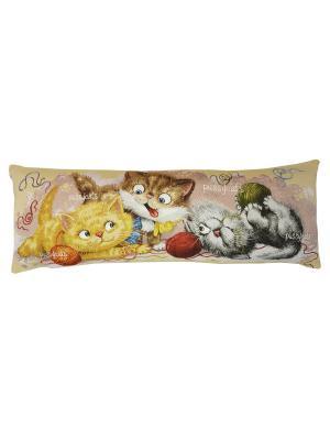 Подушка Баловни три котенка 90х35 см. T&I. Цвет: светло-бежевый