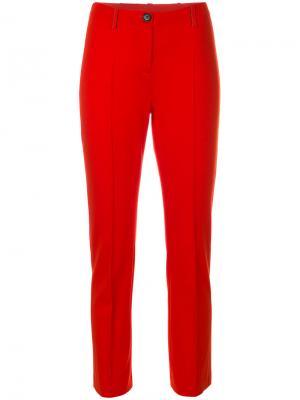 Укороченные классические брюки Marc Cain. Цвет: красный
