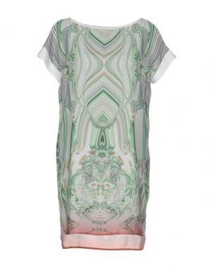 Короткое платье VIOLET ATOS LOMBARDINI. Цвет: зеленый