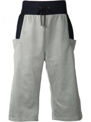 Длинные шорты в сетку Ada + Nik. Цвет: серый