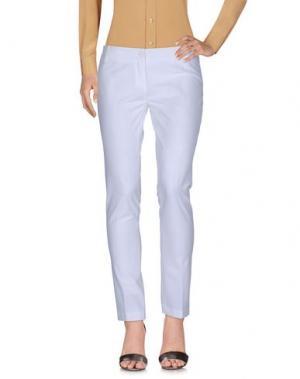 Повседневные брюки LE COMPLICI. Цвет: белый
