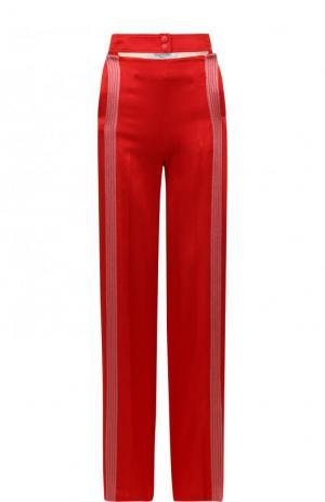 Брюки с контрастными лампасами и карманами Valentino. Цвет: красный