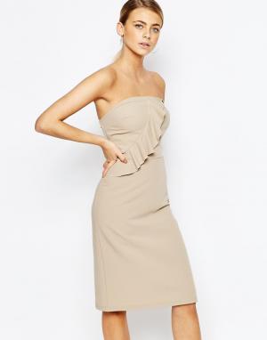 Love Платье-футляр с лифом-бандо и оборками. Цвет: рыжий