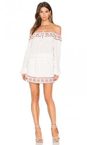 Платье ecume Deby Debo. Цвет: ivory