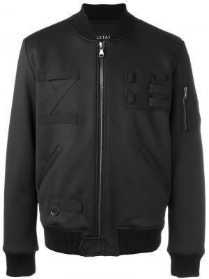 Куртка-бомбер с нашивками Letasca. Цвет: чёрный