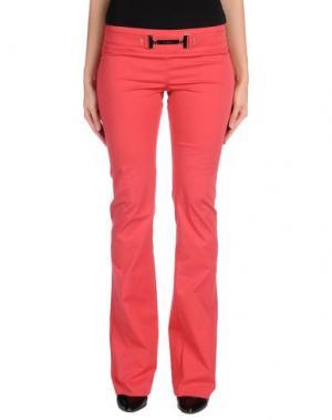 Повседневные брюки CELYN B.. Цвет: коралловый