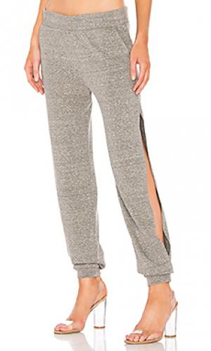 Спортивные брюки с разрезами по бокам Lanston. Цвет: серый