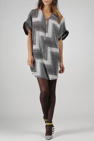 Платье La Fille de Couturier. Цвет: белый
