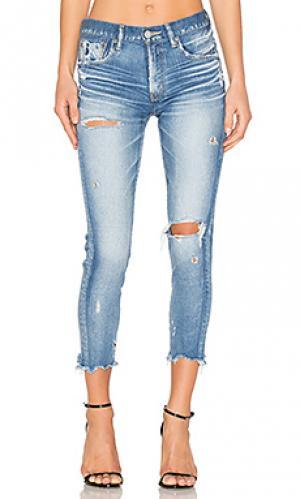 Состаренные облегающие джинсы ridgewood Moussy. Цвет: none
