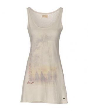 Короткое платье CHARAPA. Цвет: бежевый