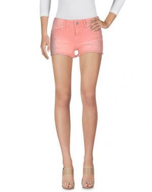 Джинсовые шорты GUESS. Цвет: лососево-розовый