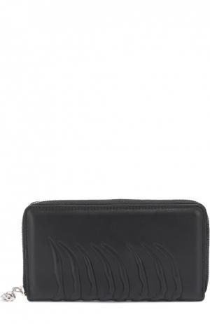 Кожаное портмоне Continental  на молнии с декоративной отделкой Alexander McQueen. Цвет: черный