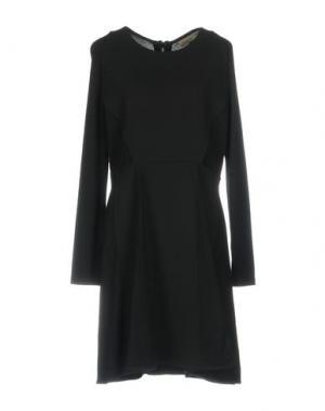 Короткое платье TONY COHEN. Цвет: черный