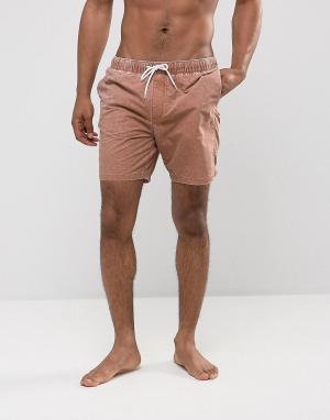 ASOS Коричневые шорты для плавания с эффектом кислотной стирки. Цвет: коричневый