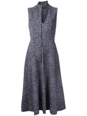 Расклешенное платье с V-образным вырезом Goen.J. Цвет: серый