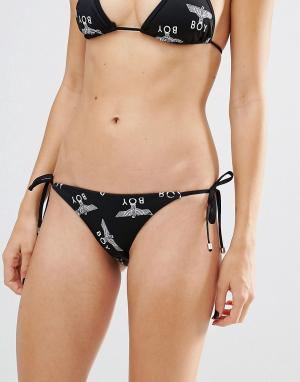 BOY London Плавки бикини с повторяющимся принтом логотипа и завязками по бокам Bo. Цвет: черный