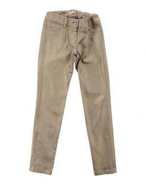 Джинсовые брюки LAURA BIAGIOTTI DOLLS. Цвет: золотистый
