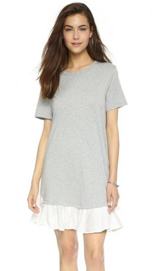 Платье-футболка с оборками Clu. Цвет: серый меланж/белый