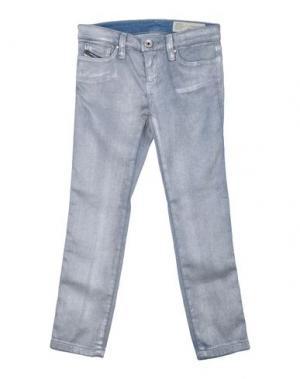 Джинсовые брюки DIESEL. Цвет: серебристый