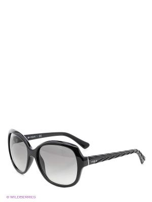 Очки солнцезащитные Vogue. Цвет: черный