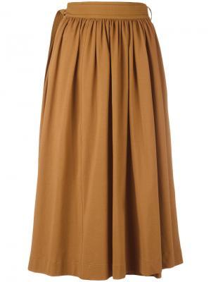 Плиссированная юбка Lemaire. Цвет: коричневый