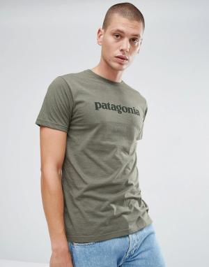 Patagonia Зеленая облегающая футболка с логотипом. Цвет: зеленый