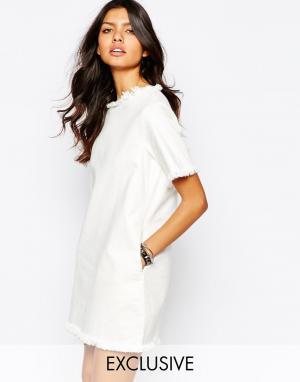 Northmore Denim Джинсовое oversize‑платье с необработанной кромкой. Цвет: белый