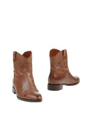 Полусапоги и высокие ботинки GUGLIELMO ROTTA. Цвет: коричневый