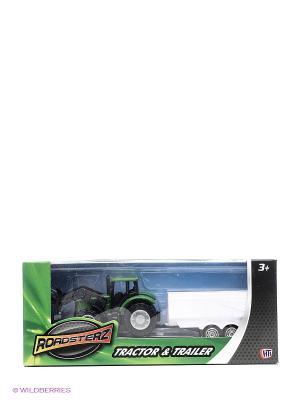 Трактор с белым прицепом HTI. Цвет: зеленый