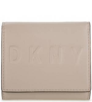 Кожаный кошелек с тиснением DKNY. Цвет: молочный
