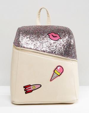 7X Рюкзак с блестками и фирменными нашивками. Цвет: мульти