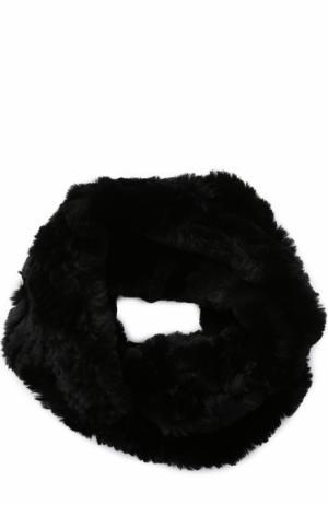 Шарф-снуд из меха кролика Yves Salomon. Цвет: черный