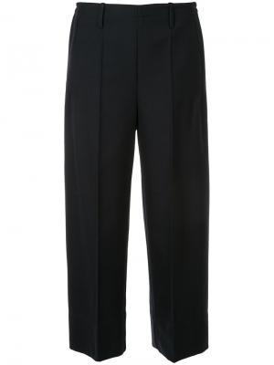 Укороченные широкие брюки Lemaire. Цвет: синий