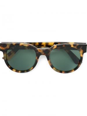 Солнцезащитные очки Avida Dollars Zanzan. Цвет: коричневый