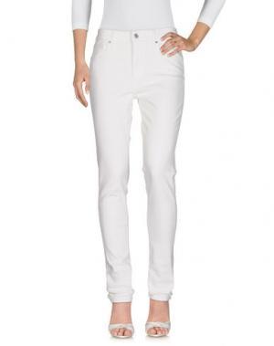 Джинсовые брюки LEVI'S RED TAB. Цвет: белый