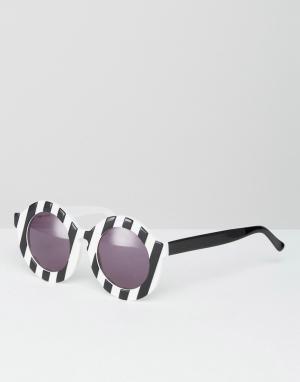 House of Holland Круглые солнцезащитные очки в полоску Peggy. Цвет: черный