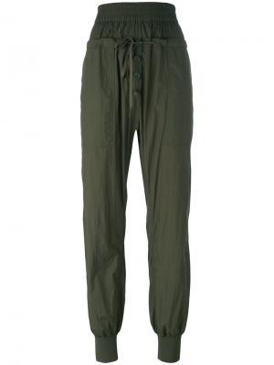 Зауженные брюки DKNY. Цвет: зелёный