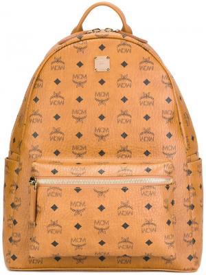 Рюкзак с принтом логотипа MCM. Цвет: телесный