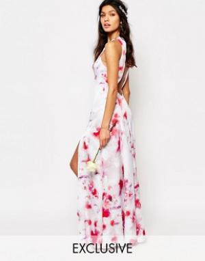 Fame and Partners Платье макси с открытой спиной и разрезами по бокам. Цвет: розовый