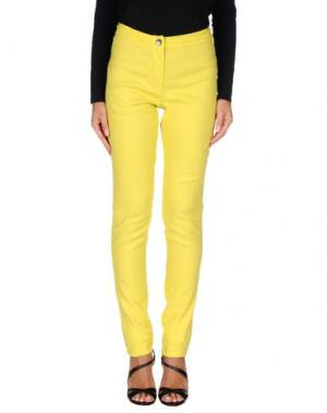 Повседневные брюки ANN DEMEULEMEESTER. Цвет: желтый