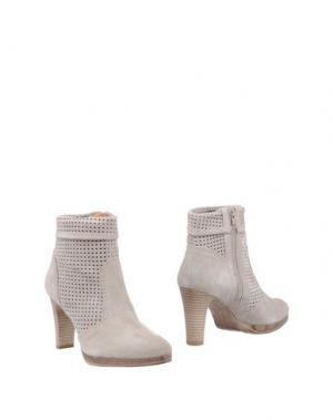 Полусапоги и высокие ботинки EYE. Цвет: светло-серый