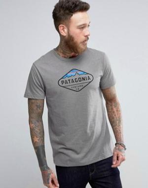 Patagonia Серая меланжевая футболка с логотипом Fitz Roy. Цвет: серый