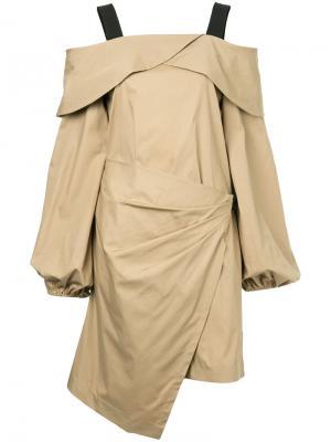 Платье с открытыми плечами Goen.J. Цвет: коричневый