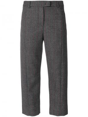 Укороченные клетчатые брюки Alberto Biani. Цвет: серый